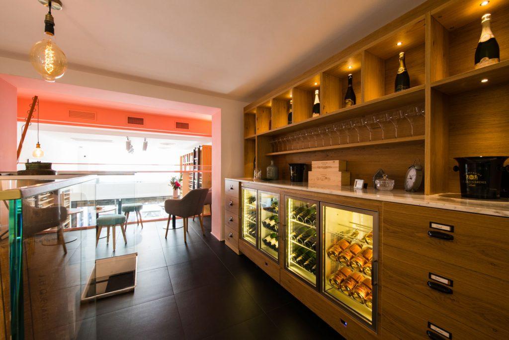 Quenardel Lounge